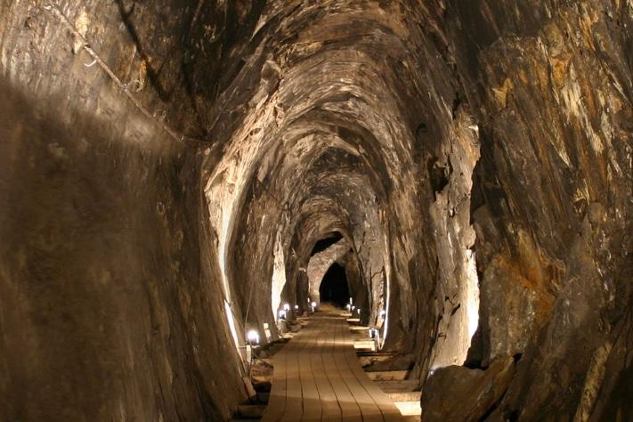 På skattejakt i Sølvgruvene