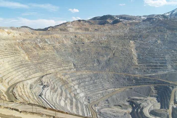 Metallressurser under press