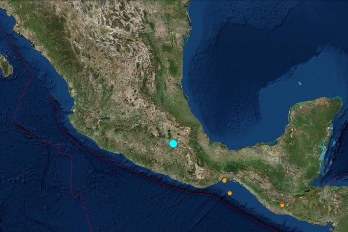Jordskjelv rystet Mexico by