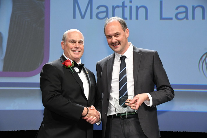 Ny pris til Martin Landrø