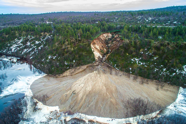 Lette etter bjørn – fant gigantisk jordskred