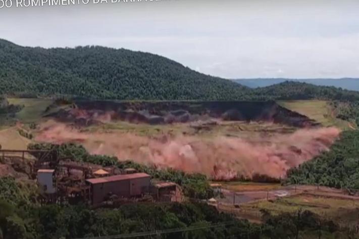 Spektakulært dambrudd