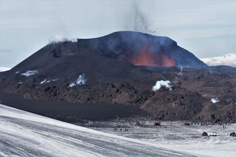 Jordskjelvaktivitet kan ende med lavautbrudd